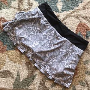 Lululemon Pace Setter Skirt-Beachy Floral Size 8
